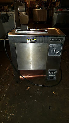 AJ Antunes Roundup Commercial VCT-2000CS Vertical Contact Bun Bread Toaster