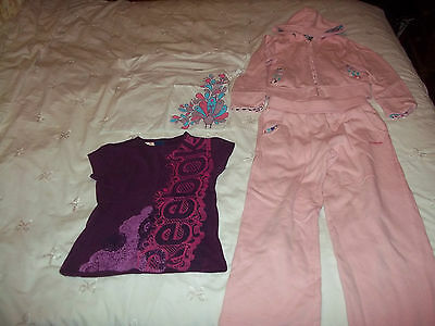 Girls Hooded Tracksuit & 2 T.shirts Age 5 To 6 Years By Reebok