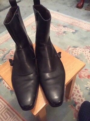 MENS PAUL SMITH ITALIAN LEATHER  BLACK BOOTS size 41. 7