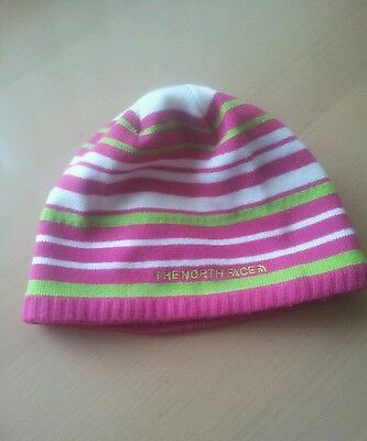 Girls north face hat 8-12 years