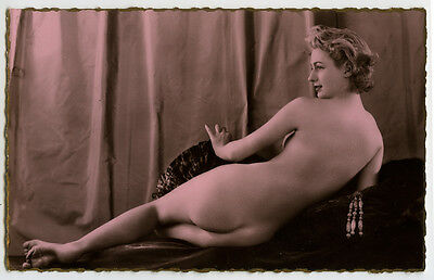 1940s Gorgeous FRENCH NUDE Beauty photo postcard