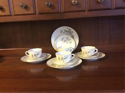 Set of 4 Vintage Richard Ginori Cup, Saucer and Bread Plate
