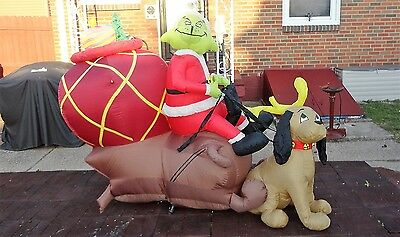 Gemmy Inflatable 8 Ft Grinch in Sleigh