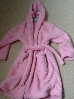 marks and spencer very soft pink dressing gown 6-7 years