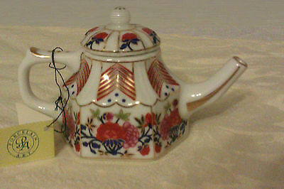 Collectable Porcelain Art Miniature Teapot With Tag - Hexagonal Floral