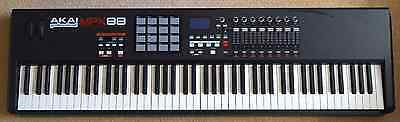 MPK88 : Akai Professional - performance keyboard and midi controller - LONDON