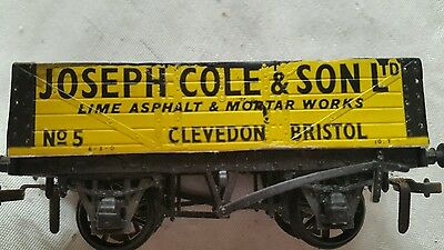 A model railway 5 plank wagon in O0 gauge by peco unboxed