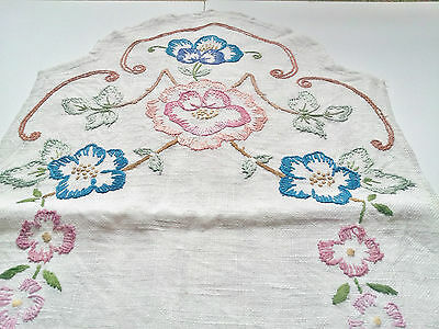 Vintage 1960s White Wool, Hand-Embroidered Table Runner, Floral design