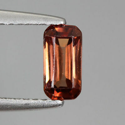 1.030 Cts Full Fire Natural Natural Earth Mine Red Zircon Loose Gemstone