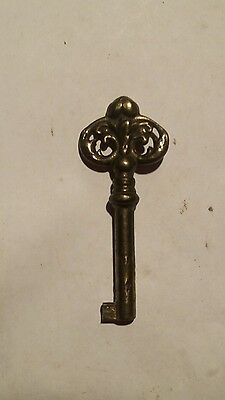 antique skeleton key barrel key ornate handle brass key steampunk