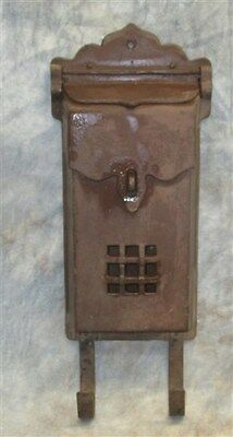 Metal Wall Mount Mailbox Letter Post Front Open Garden Decoration Vintage a