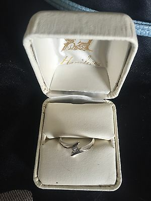 18  Karat White Gold Diamond Ring - Antique And Boutique!