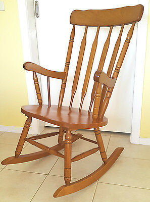 ROCKING CHAIR Solid hard wood, excellent condition!