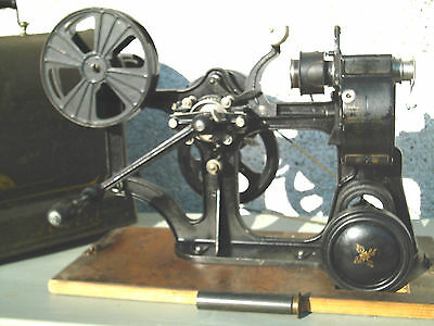 E Antique Pathe Kok 28Mm Projector & Case Extremely Rare