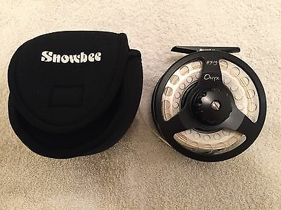 Fly Reel Snowbee Onyx 7/8 Brand New .with Snowbee Fly Line 7wt