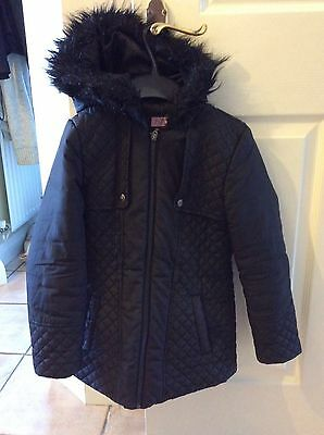 Girls black hooded winter coat Age 8-9 years