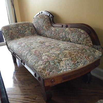 Antique 1900 Carved Walnut Fainting Couch Loveseat Sofa /recamier