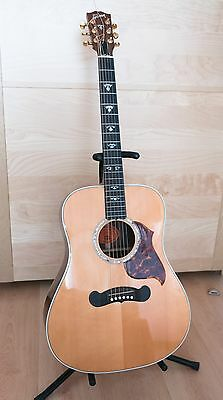Gibson CL40 , spruce/rosewood dreadnaught. As new