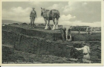 Vintage postcard: Peat cutting at Femusach Moss, Tomintoul