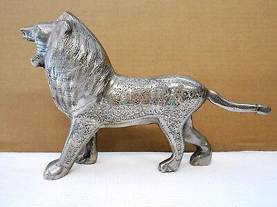 White Metal Etched Lion Figurine India?