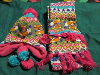 Girl's 2 Piece Multi-Colored Winter Hat & Scarf W/ Fox Design by Athletech Size