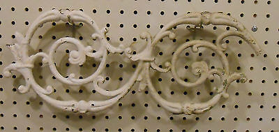 One Vintage Cast Iron Fence/panel Section Swirl 7 3/4 X 18 Salvaged Steam Punk