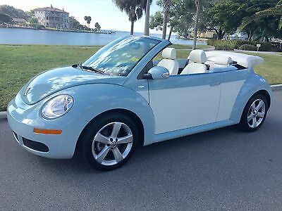 2010 Volkswagen Beetle-New FINAL EDITION CONVERTIBLE 2010 VW BEETLE FINAL EDITION CONVERTIBLE~48K~CARFAX 1 OWNER~EXCEPTIONAL~LEATHER~