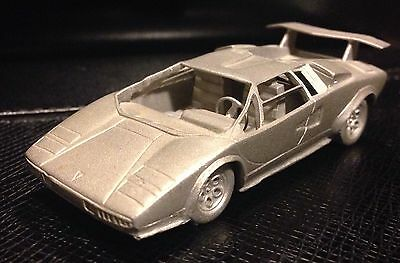 Danbury Mint 1983 Lamborghini Countach - 73 Mm
