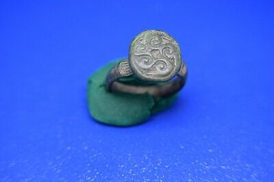 15 Roman bronze ring Perfect Green patina intact !!!!!
