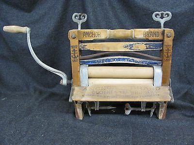 Antique ANCHOR Brand Clothes Wringer No. 770 LOVELL Mfg. Co. ERIE PA (AB709)