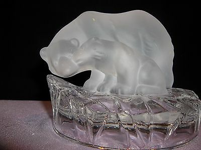 Frosted Glass Art Crystal Polar Bears on Iceberg Home Decor Paperweight