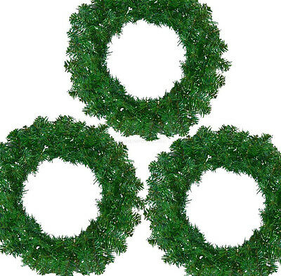 "DLUX 18"" Christmas Wreath Canadian Charlie Pine Artificial – Unlit, Green"