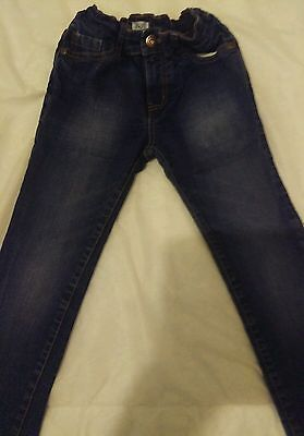 1 pair boys jeans age 6-7 years