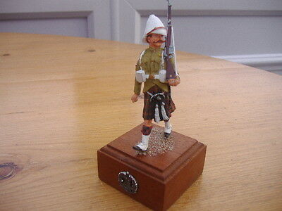 Very Well Painted Scottish Rifleman On Base.with Reg.badge On Front.