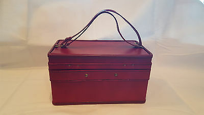 Hartmann Custom Crafted Vintage Leather Cosmetic/Travel/Train/Vanity Case w Key