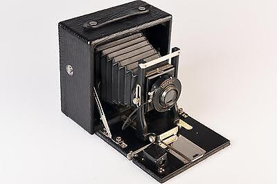 "Seneca No. 7 Camera ""Black Beauty"""
