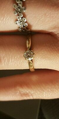 DIAMOND ENGAGEMENT RING  Solitaire Diamond Ring  9ct  gold size P. 10point.