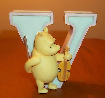 Winnie the Pooh Wall Plaque Figurine Alphabet Letter V Violin Michel & Co.