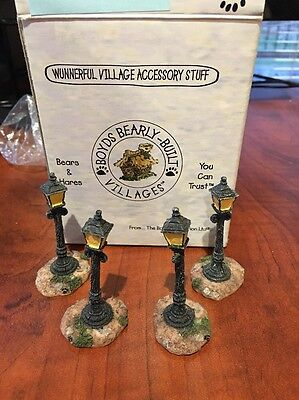 BOYD'S Bearly Built Kringle's Village Gas & Electric Street Lights