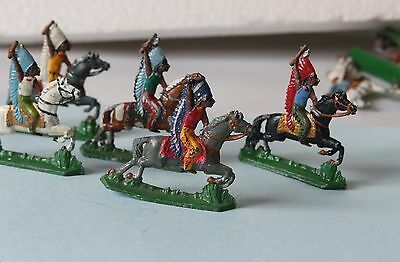 5 RARE VINTAGE 1920's LEAD TOY AMERICAN INDIAN BRAVES ON HORSE BACK