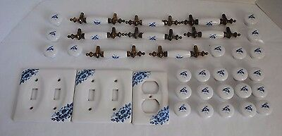 Vintage Lot Of Blue Toile Floral Cabinet Pulls Handles And Light Switch Plates