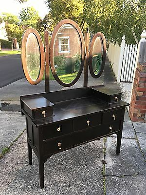 Vintage Dressing Table With Three Bevelled Mirrors
