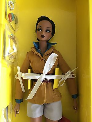 "Fashion Royalty 2011 Color Infusion Amelie "" Rebel Spirit "" Nrfb Doll Integrity"