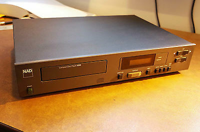 NAD 5220 cd player. Excellent condition.