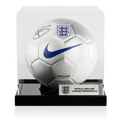 Harry Kane Official England Signed England Football In Acrylic Case