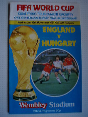 1981/82 England V Hungary - World Cup Qualifier Played At Wembley
