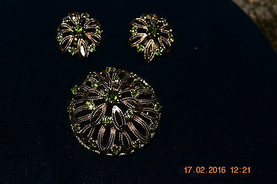 VINTAGE Gold Plated and light Green Rhinestone Brooch & Earrings
