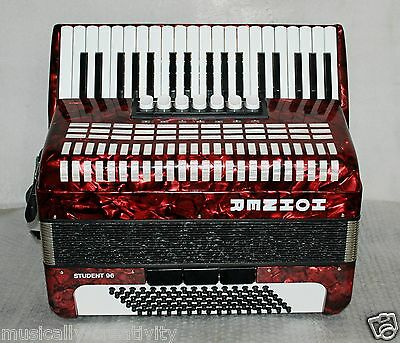 HOHNER STUDENT 96 bass Piano Accordion Akkordeon Excellent  + + + + +