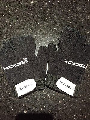 Kooga Fingerless Gloves Large Boys Rugby Sport Gloves Excellent Condition