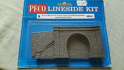 A model railway plastic kit by peco for N gauge of a single track tunnel mouth w